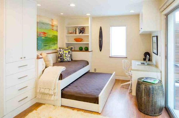 save-space-in-bedroom